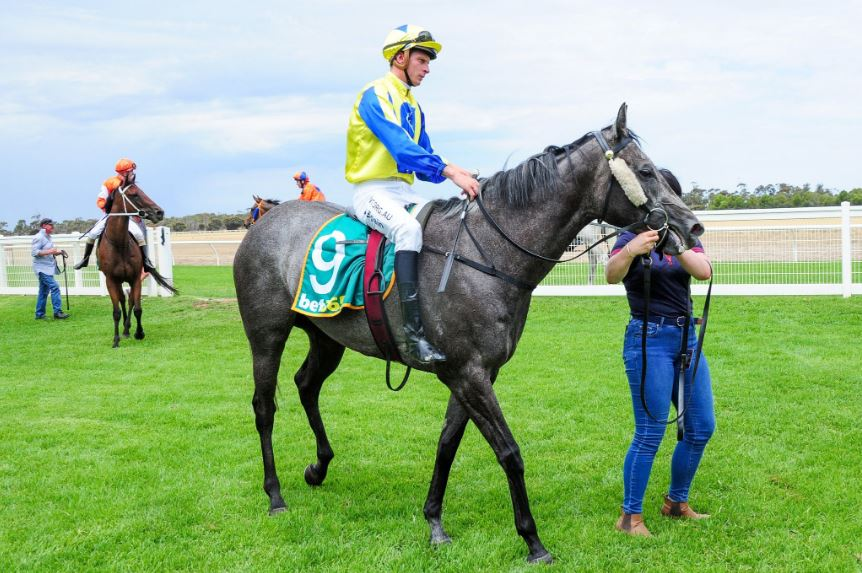 STYLISH SECOND WINNER FOR PRESSY